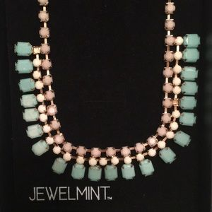 Jewelmint Celebration necklace